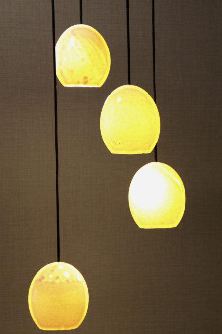 lámpara colgante huevo de avestruz superficie composición