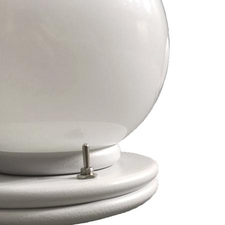 lámpara de sobremesa keppler detalle interruptor