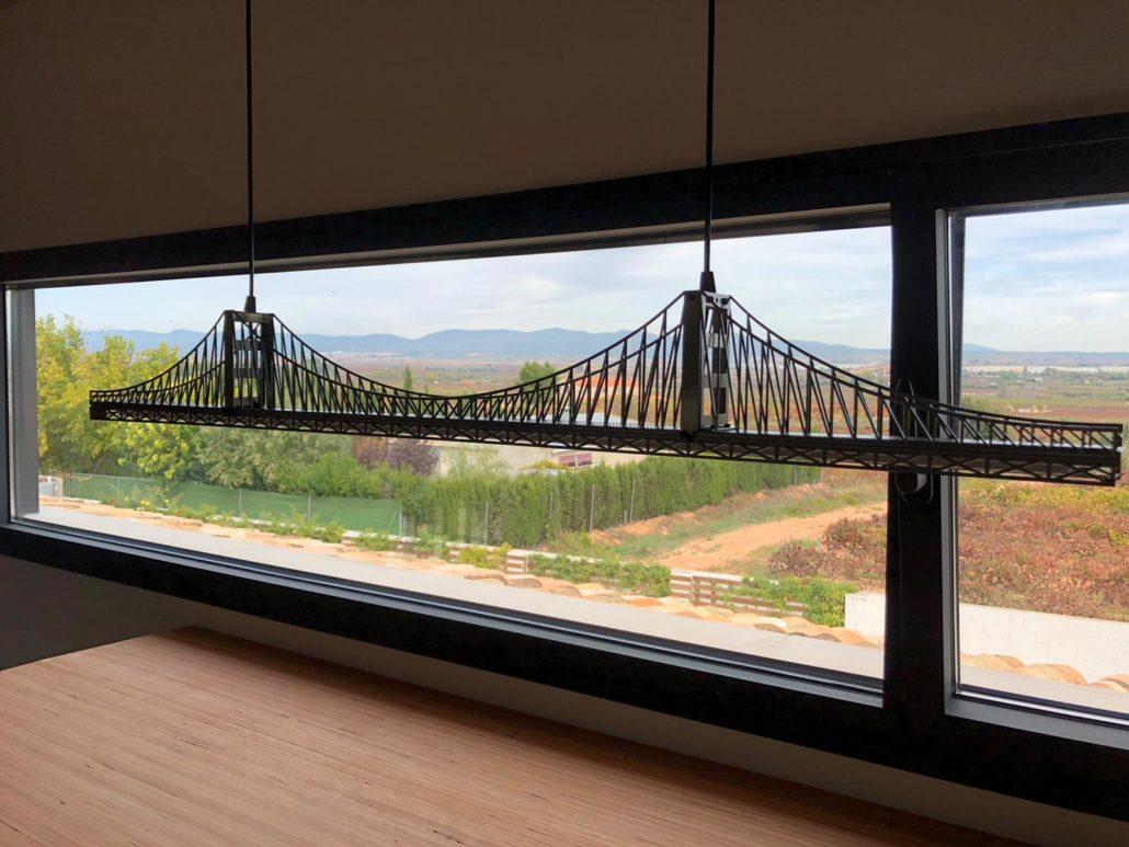Lámpara puente personalizada