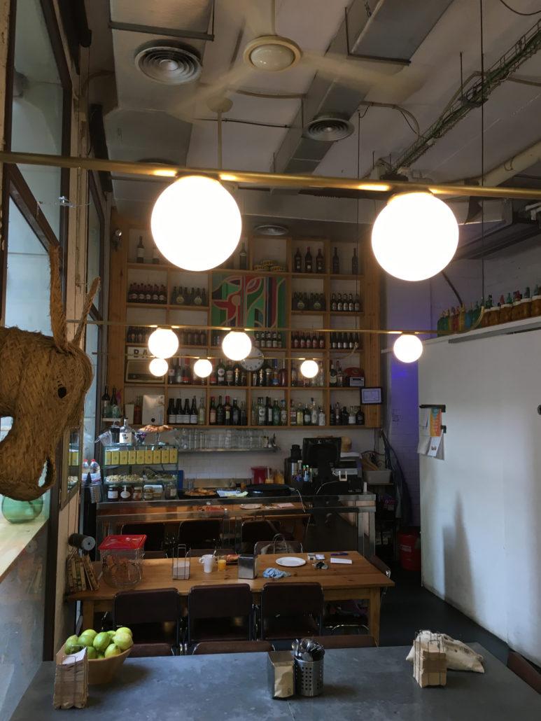 Restyling de iluminación para La Bernarda Tapinería 1